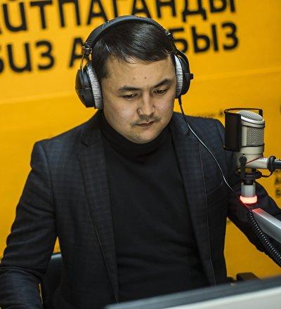 Журналист Исмаил Мамытовдун архивдик сүрөт