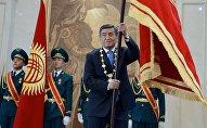 Избранный президент Кыргызской Республики Сооронбай Жээнбеков во время церемонии инаугурации. Архивное фото