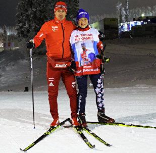 Школьник из Санкт-Петербурга Роман Старков, запустивший в соцсетях флешмоб в поддержку российских спортсменов #noRUSSIAnoGAMES, и российский лыжник Максим Вылегжанин.