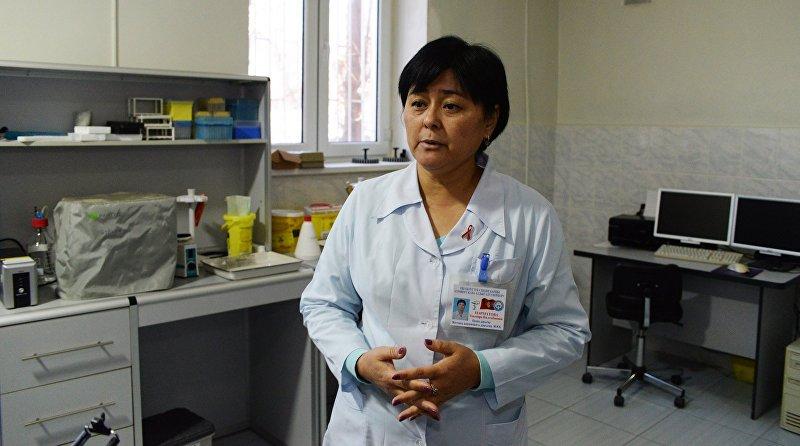 Директор Ошского СПИД центра Элмира Нарматова