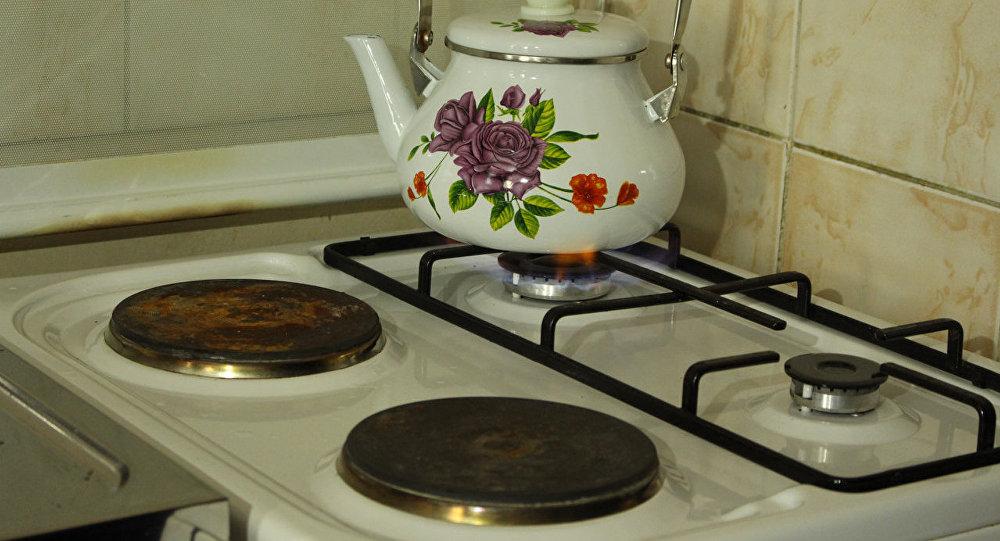 Чайник на газовой плите. Архивное фото