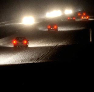 Автомобили на трассе. Архивное фото