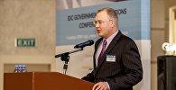 Региональный директор IDC в Центральной Азии, Азербайджане и Монголии Андрей Беклемишев во время выступления
