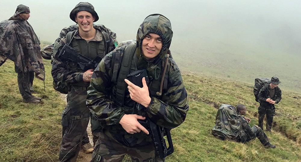 Кыргызстандык Болот Курманбеков француз чет элдик легионунда эки жылдан бери кызмат өтөйт