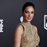 Замыкает десятку дебютантка рейтинга — израильская актриса и модель Галь Гадот. Звезда блокбастера Чудо-женщина заработала за год 10 миллионов долларов.