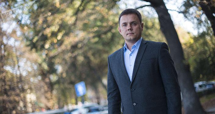 Технический директор международной компании Алексей Огнев во время интервью