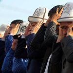 Премьер принимает участие в праздничном намазе по случаю Курман-айта на площади в Оше 1 сентября