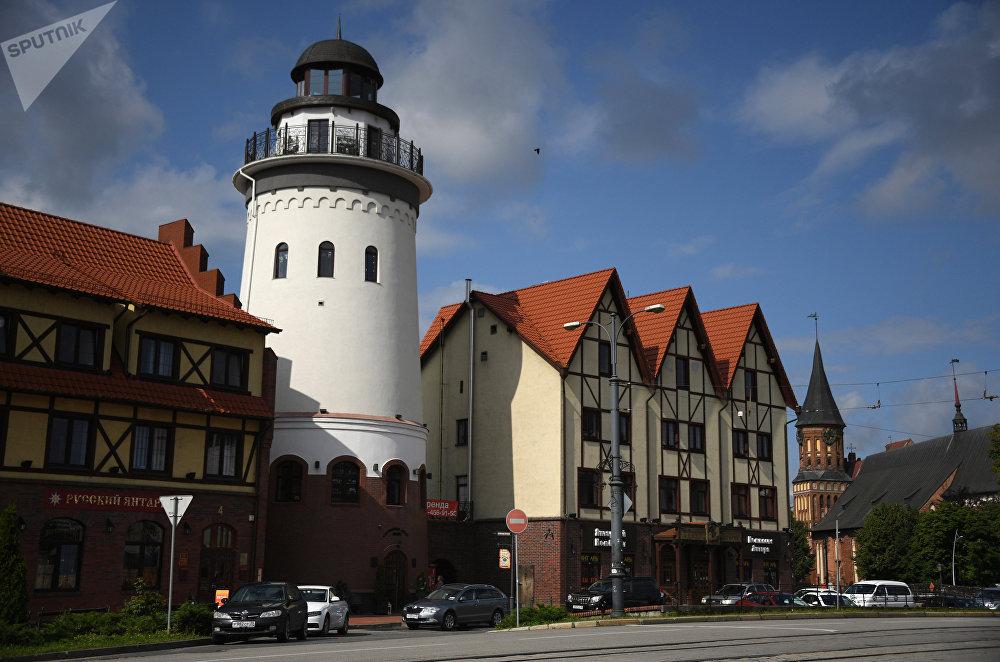Рыбацкая деревня — квартал, стилизованный под архитектуру довоенного Кенигсберга. Является любимым местом отдыха горожан