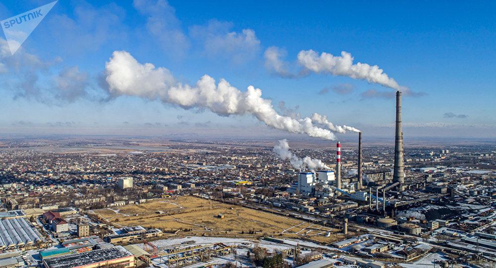 Вид на Бишкекский теплоэлектроцентраль. Архивное фото