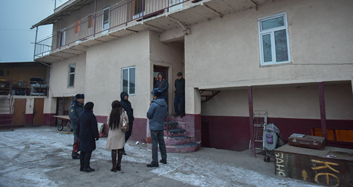 Рейд в районе Ошского рынка Бишкека