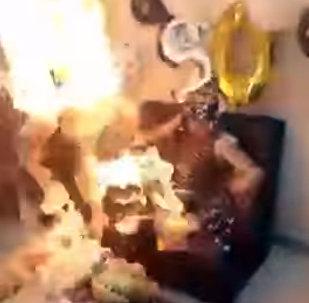 Иранка вспыхнула на праздновании своего дня рождения