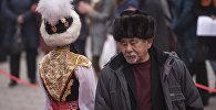 Кыргызстандык актер жана режиссер Акылбек Абдыкалыков. Архив