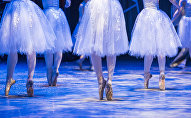 Балерины во время выступления. Архивное фото