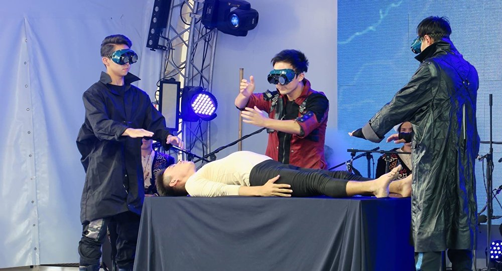 Танцевальная группа Adem Dance из Кыргызстана