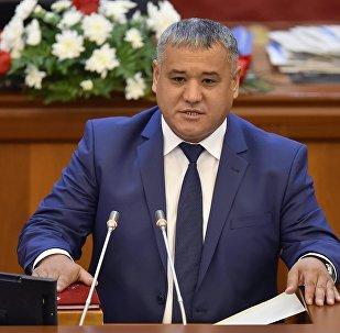 Депутат Кубанычбек Нурматовдун архивдик сүрөтү