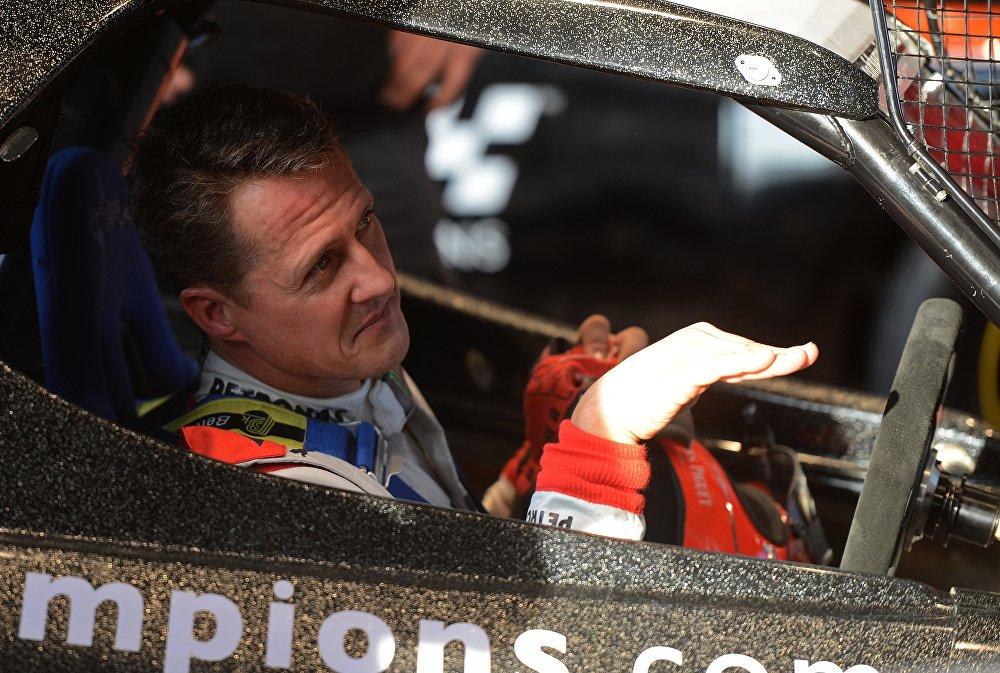 Немецкий гонщик Формулы-1 и семикратный чемпион мира Михаэль Шумахер