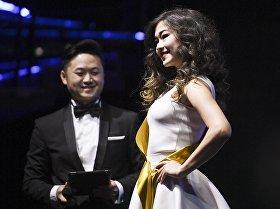 Участница на конкурсе красоты и грации Miss Asia Russia в Москве.