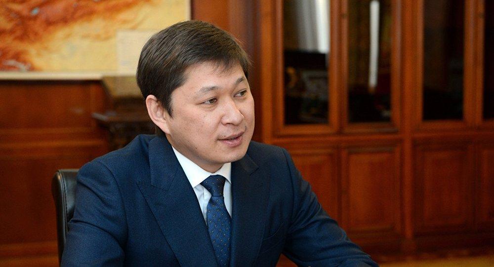 Бывший премьер-министр Кыргызстана Сапар Исаков. Архивное фото