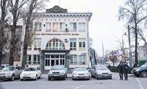 Здание Национального банка КР в Бишкеке. Архивное фото