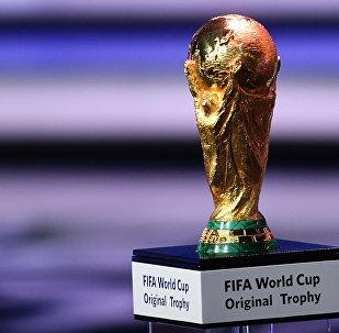 Кубок чемпионата мира по футболу. Архивное фото