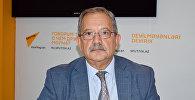 Доктор философских наук, политолог Эльхан Алескеров
