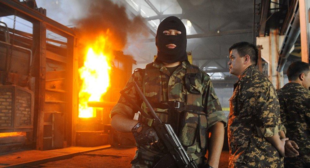 Сотрудники службы национальной безопасности Узбекистана. Архивное фото