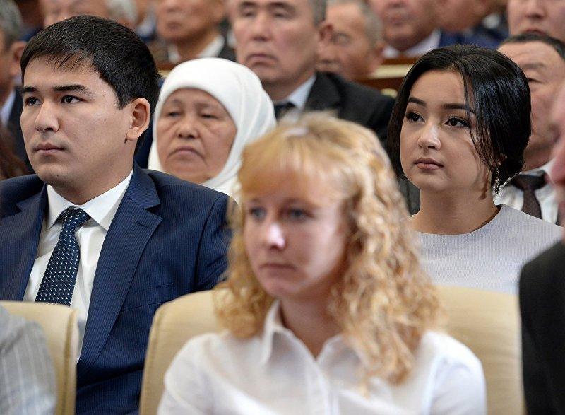 Дочь президента КР Соронбая Жээнбекова Бактыгуль на торжественной церемонии официального вступления в должность президента КР