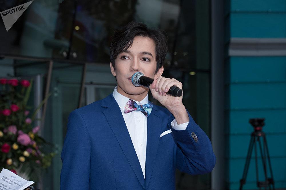 первый фото известных певцов в казахстане предназначена для оград