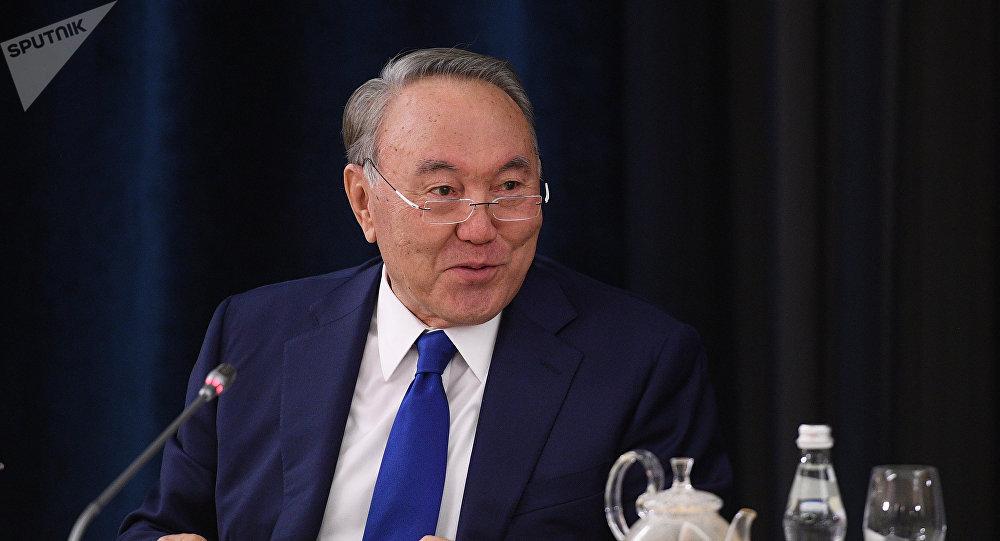 Казакстандын биринчи президенти Нурсултан Назарбаевдин архивдик сүрөтү