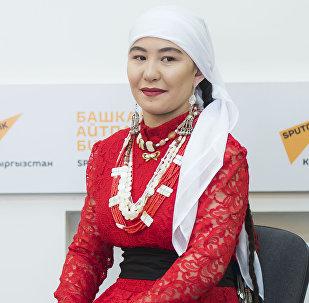 Кыргызстанга Афганистандан келген памирлик кыргыз Ширинбу Абдулбаит кызы. Архив