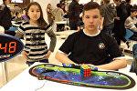 В Бишкеке мальчик собрал кубик Рубика за 10 секунд — невероятное видео