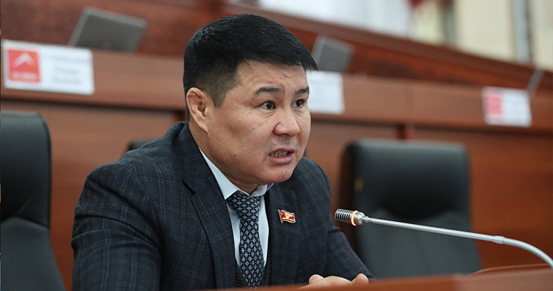 Архивное фото депутата ЖК 6 созыва Тазабека Икрамова от партии Онугуу-Прогресс