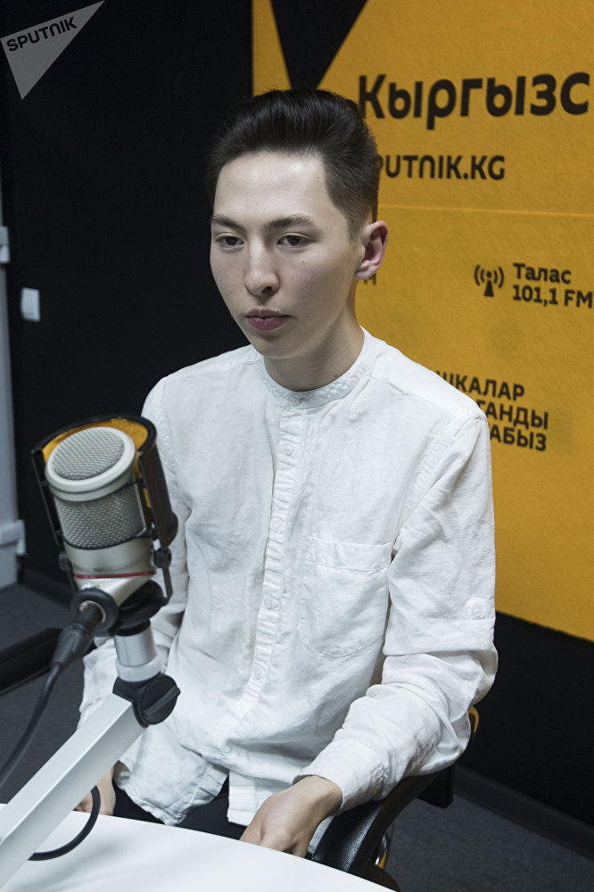Вошедший в десятку лучших хендлеров мира, кыргызстанец Азис Токтобаев во время интервью Sputnik Кыргызстан