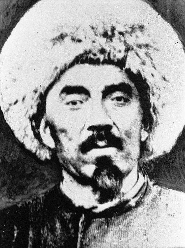Кыргызский силач, баатыр Каба уулу Кожомкул. Архивное фото