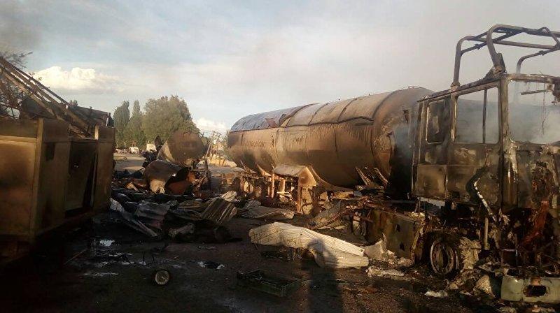 Взрыв газовых балонов в автозаправочной станции в Иссык-Кульской области