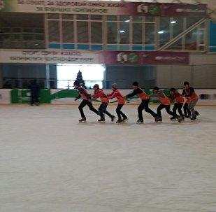 Нарын шаарында окуучулар каникулдуу көңүлдүү өткөрүп, шаар бийлиги бир катар спорттук иш-чараларды уюштурду