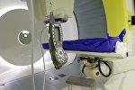 Медицинский аппарат лучевой терапии. Архивное фото