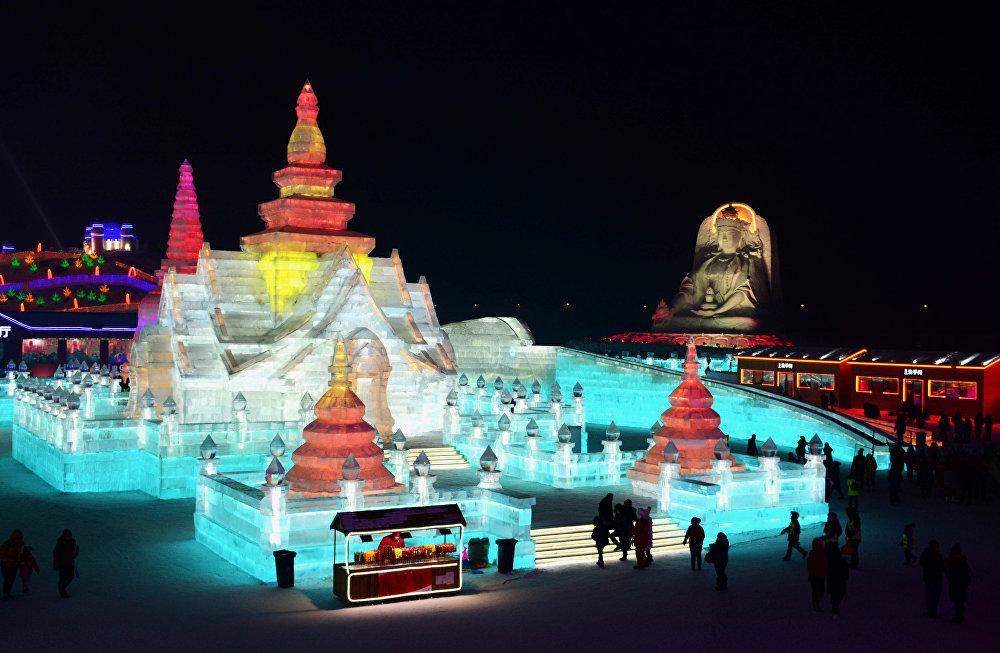 34-й Харбинский Международный фестиваль льда и снега в Китае
