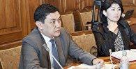 Архивное фото назначенного вице-премьер-министром КР Санжара Муканбетова