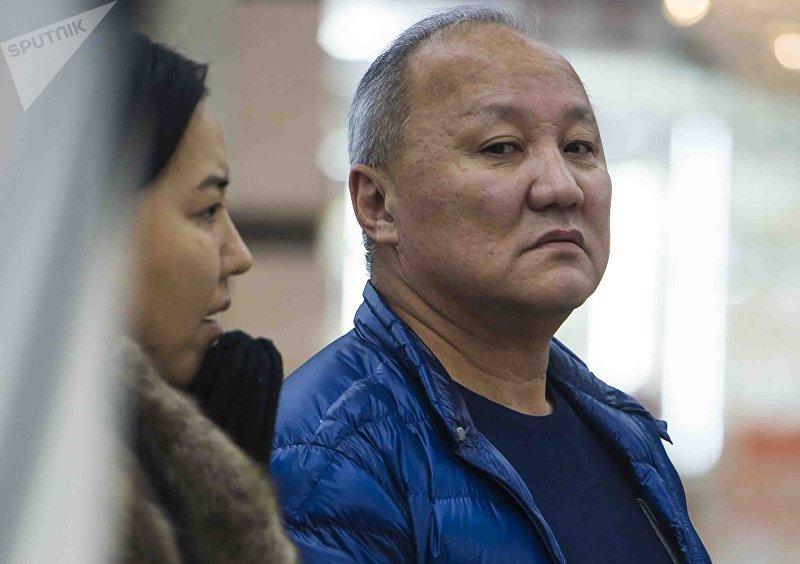 Бывший мэр города Бишкек Нариман Тюлеев в торговом центре ГУМ Чынар