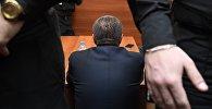 Чиновник на заседании суда. Архивное фото