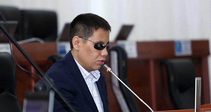 Депутат Дастан Бекешев