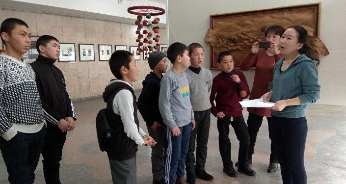 Бул иш-чара мэриянын колдоосунда Жаш карек — Кыргызстан балдардын көзү менен алганда деп аталган долбоордун алкагында өттү