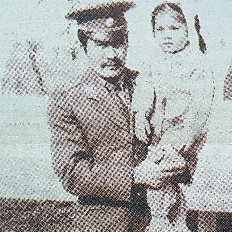 Генерал-полковник Абдыгул Чотбаев с дочерью