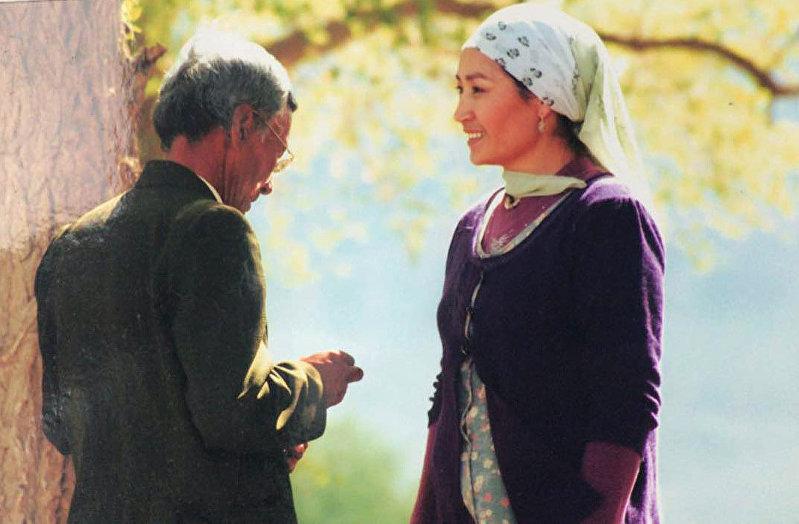 Актриса Таалайкан Абазова во время съемок