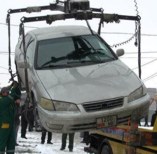 Бишкекте чар жайыт токтогон шаар аралык таксилерге карата рейд жүрдү