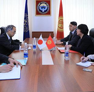 Встреча первого заместителя министра иностранных дел КР Динары Кемеловой с послом Японии в КР Ёсихиро Ямамура