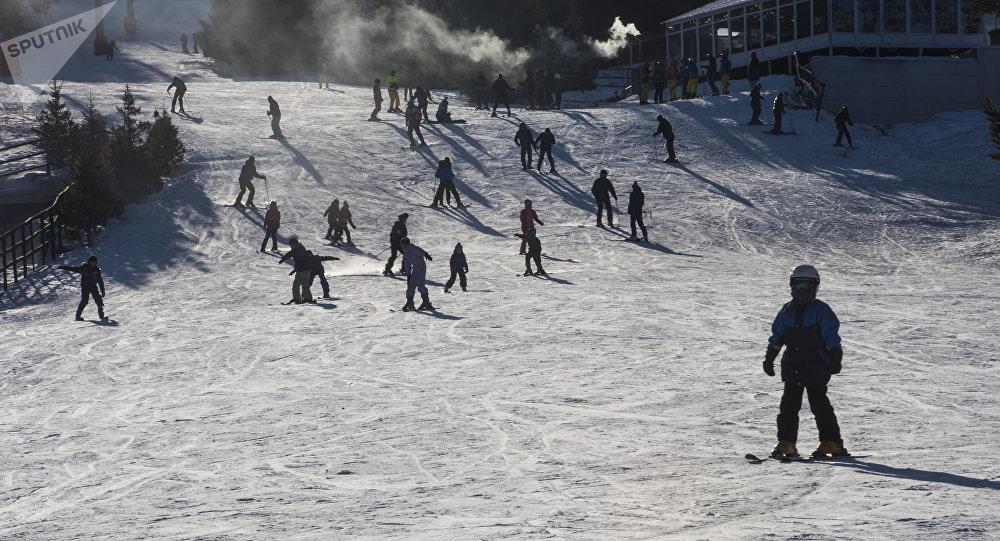 Каракол лыжа базасы. Архив