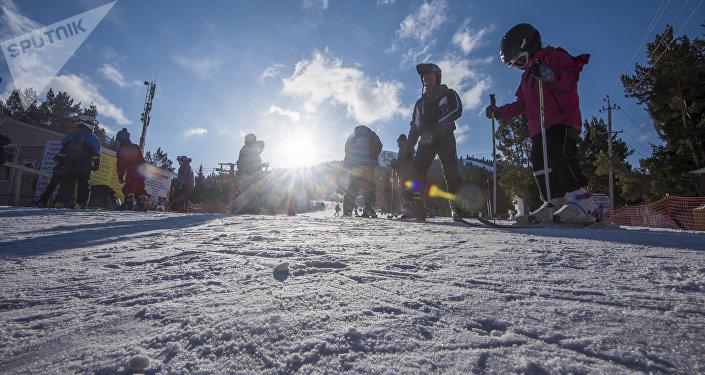 Лыжачылар. Архив
