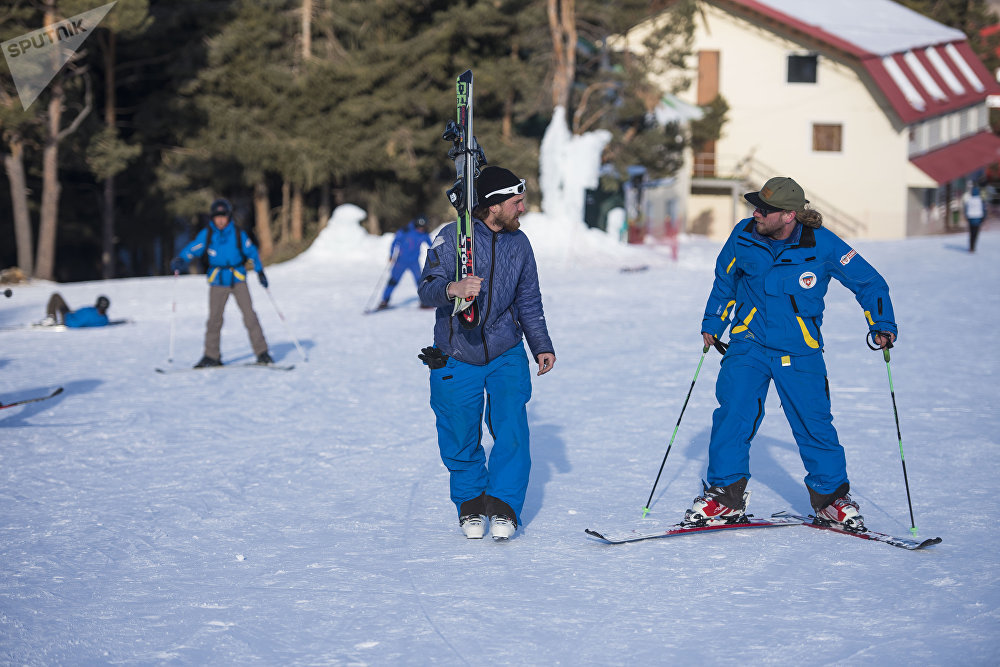 упражнения продажа лыж в кыргызстане себе: Санкт-Петербург